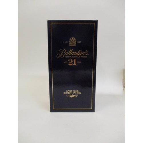 25 - Ballantines 21 aged Scotch Whisky bottle in presentation box...