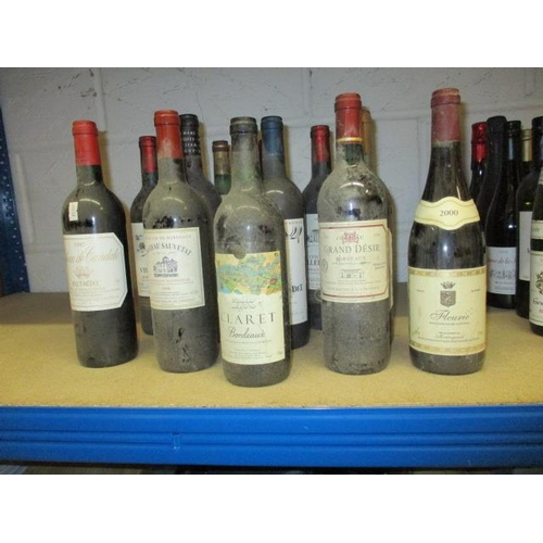 30 - Twelve bottles to include Haut-Medoc 1997 and miscellaneous Bordeaux's...