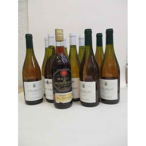 40 - A mixed case of White to include Chablis, Mucat and Sancerre...