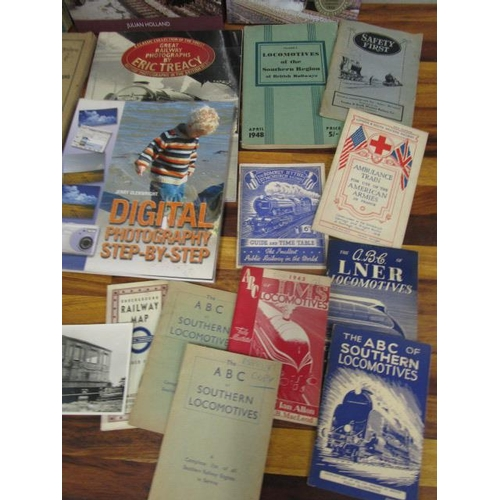 18 - A collection of railway books, train spotter books and photographs...