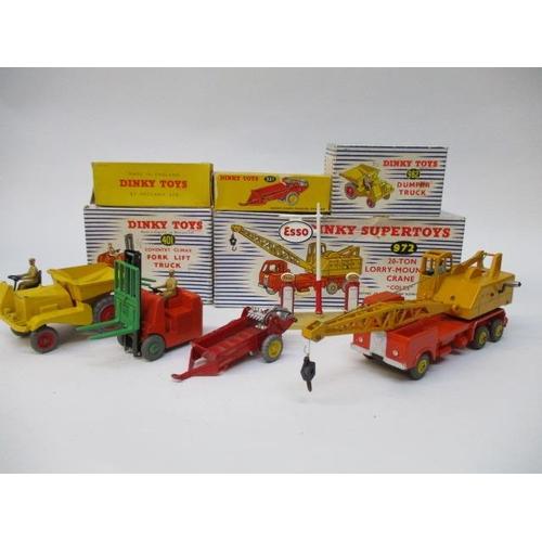45 - Dinky Toys - 781 Petrol Pump Station Esso, 972 Super Toys 20-ton lorry-mounted crane, 962 Dumper Tru...