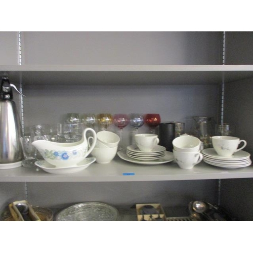 17 - A mixed lot of glass to include a 1950s lemonade set, silver plated sugar tongs,  a ceramic tea set ...