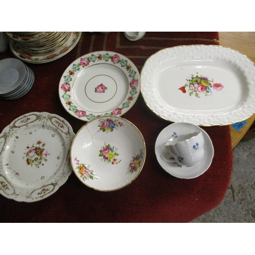 142 - Ceramics to include a Meissen cup and saucer, a Spode plate and others...