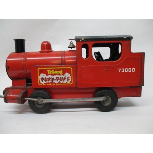 28 - A 1950s Triang Puff Puff train...