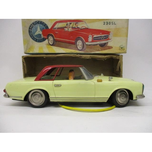 4 - A Yangman Japanese Mercedes Benz 230SL remote control, tin plate car, battery operated, , 15