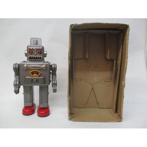 7 - A 1950s/60s Lenemar Japanese Smoking Spaceman robot, 11 3/4