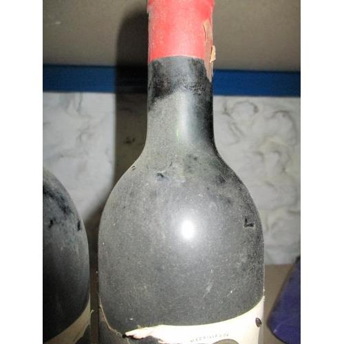 61 - Two bottles of Clos-Fourtet Saint-Emilion Premier Grand Cru 1964 Location 9.1...