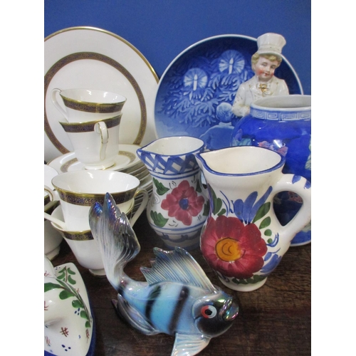 23 - A quantity of china to include a Royal Doulton Harlow pattern part tea set, Bing & Grondahl collecto...