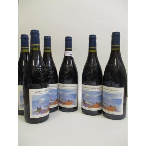101 - Six bottles of Gigondas, Domaine de Brussett 1997 Location 4.5