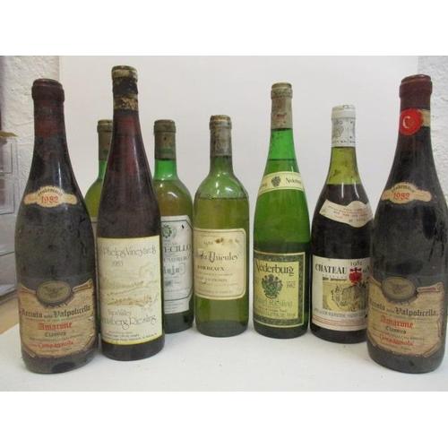 118 - Eight bottles to include two Bodega Montecillo, white Rioja, Vina Cumbero 1982, Nederburg, Paarl, Ri...