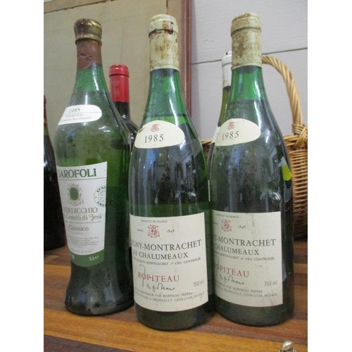 120 - Six bottles to include a bottle of Tignanello, Antinori 1983, two bottles of Moulin A Vent, Domaine ...