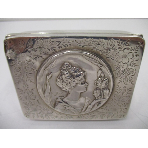 20 - A Edwardian silver rectangular snuff box, by John Rose Birmingham 1902, the engraved lid inset with ...
