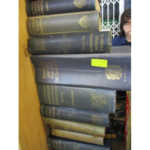 477 - A quantity of 1930s and 1890s Shakespearean books and others  Location 1.2...