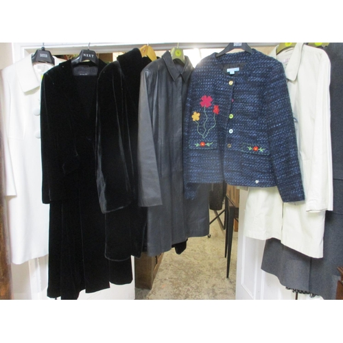 466 - A quantity of modern high street ladies clothing, mostly new with tags to include Marks & Spencers c...
