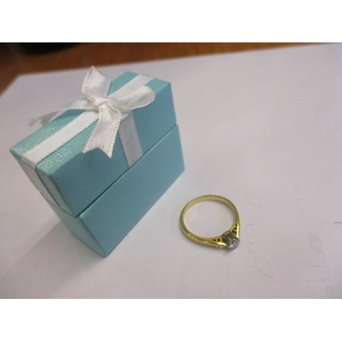 472 - An 18ct gold diamond solitaire ring Location CAB...