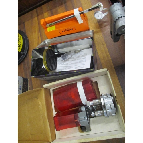 447 - A selection of pistol 38 CD 357 cal and 44 cal reloading equipment to include scabs, case cleaner, v...