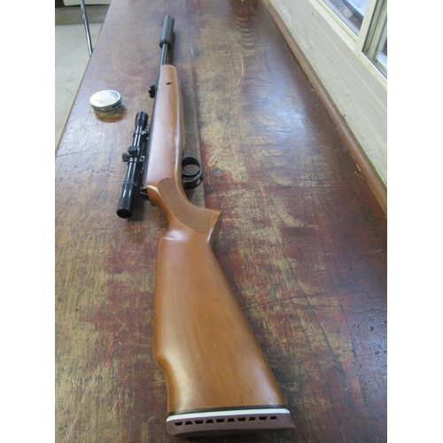 41 - An Edgar Brothers Breaker 900 x Hatsan air rifle with sight and a tin of pellets Location: RWM...