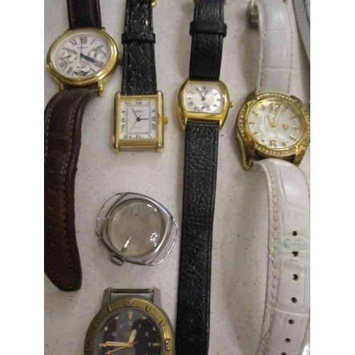 44 - A group of gents and ladies wristwatches A/F, together with a modern Heritage Collection pocket watc...