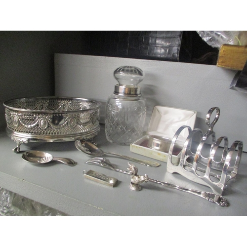 2 - Mixed silver and silver plate to include an ingot, napkin ring and other items Location: RAM...