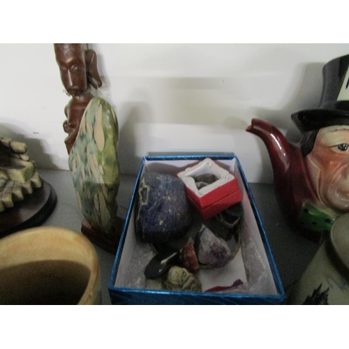 40 - Collectables to include a Royal Doulton model Shire horse, Lilliput Lane cottages, Toby jugs, polish...