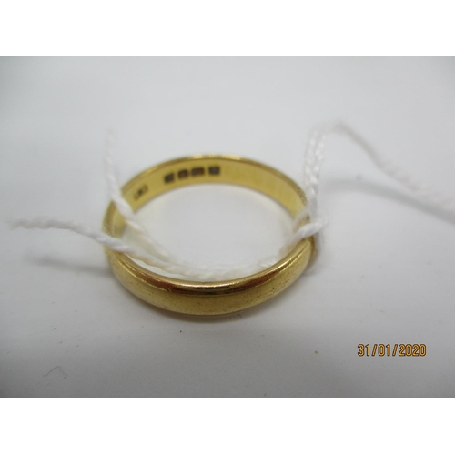 77 - A 22ct gold wedding band 5.95g Location: CAB...