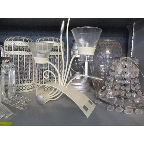 41 - A quantity of modern lighting to include a reproduction bag light Location: 5:2...