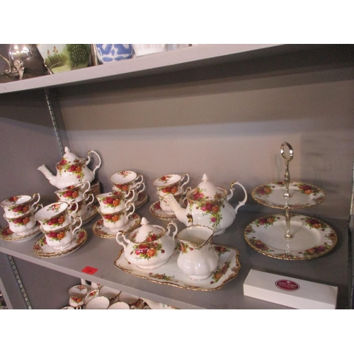 116 - A Royal Albert Old Country Roses teaset Location: 4:3...