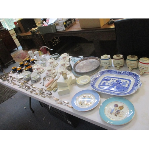 119 - A mixed lot to include china, Royal Albert Lavender Rose teaware, together with silver and silver pl...
