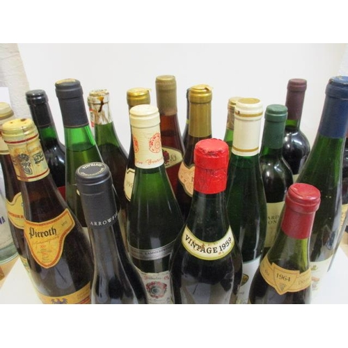 40 - Twenty bottles of continental red and white wine A/F...