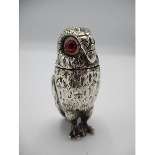42 - A silver Victorian Pepper Richard and Brown 1874 modelled as a standing owl with feather effect casi...