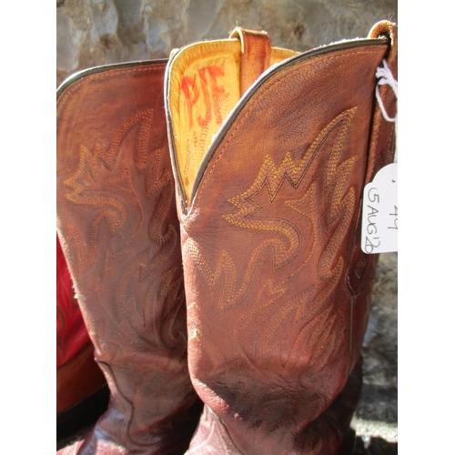 49 - Cowboy boots - a pair of Durango reddish brown leather cowboy boots, a pair of Old West reddish brow...