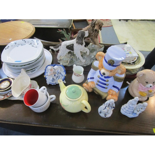71 - Mixed glassware to include Murano clown, a Caithness paperweight, retro glass models of animals A/F ...