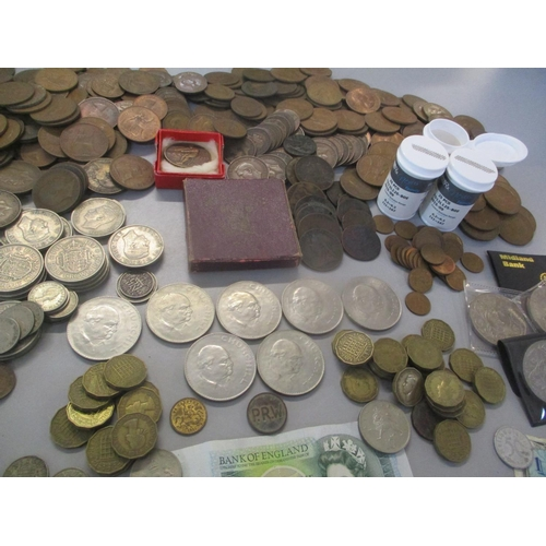 50 - Mixed Victorian and later coins to include Victorian and later half crowns and pennies, together wit...