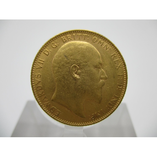 242 - An Edwardian gold full sovereign with St George to the obverse 1908...