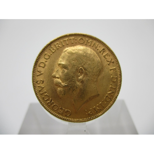 245 - A George V gold full sovereign with St George to the obverse 1911...