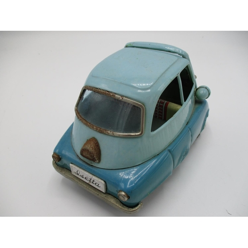 97 - A 1950s Bandai Japanese two tone blue tin plate Isetta 300 bubble car, 3 1/2
