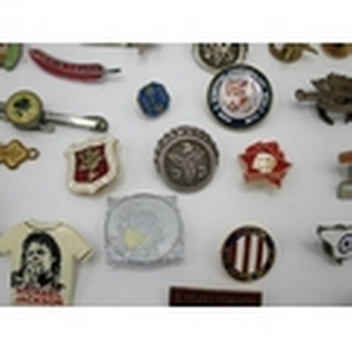 251 - Early 20th century to 1980s, enamelled metal, card, military, pop, association and other badges...
