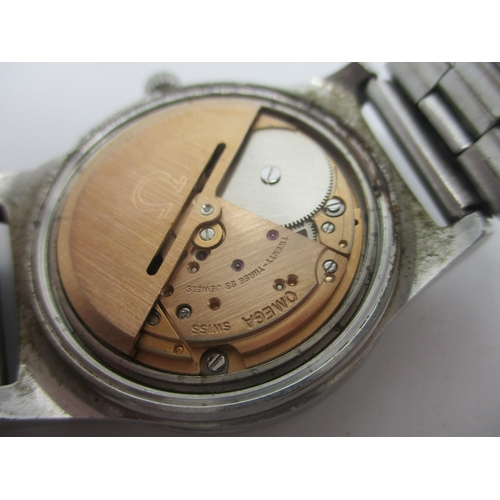 52 - An Omega automatic gents stainless steel wristwatch, circa 1974 having a blue dial with baton marker...