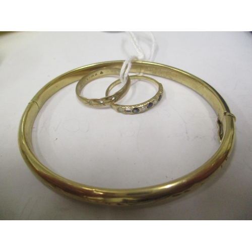 13 - Two 9ct gold rings together with a 9ct gold bangle, 12.95 grams Location: CAB...