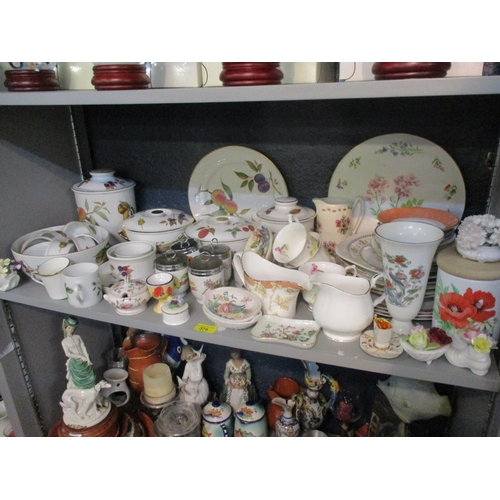 375 - Royal Worcester Evesham tableware and mixed ceramics Location: 5:4...