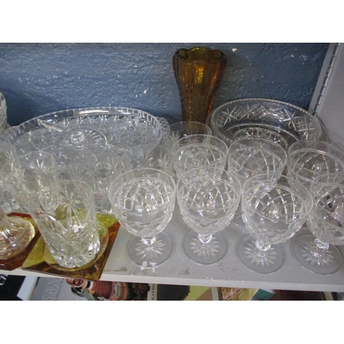 37 - Mixed mid to late 20th century household and cut glassware to include fruit bowls, serving plates an...