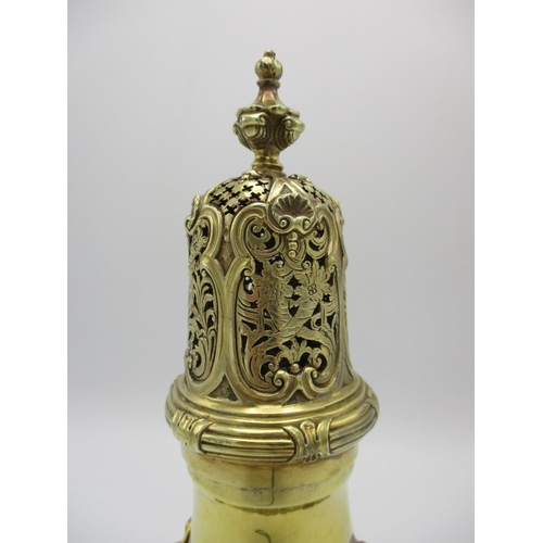 6 - A fine Edward VII silver gilt sugar sifter by Edward Barnard & Sons, London 1905, with pierced cage-...