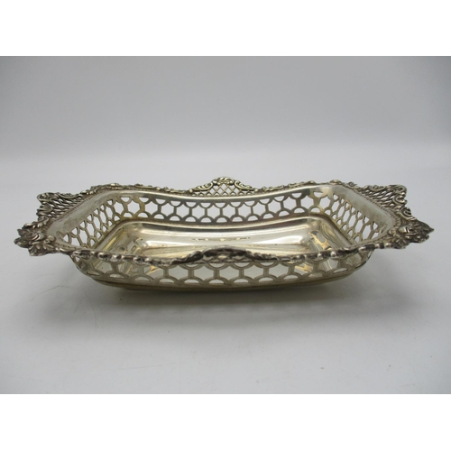 27 - A pair of small Victorian silver baskets by William Comyns & Sons, London 1895, of rectangular form,...