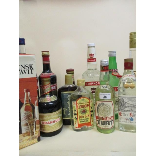 26 - Twelve  mixed bottles of spirits to include Gordons dry gin, Kirsch, Drambuie etc Location: STACK...