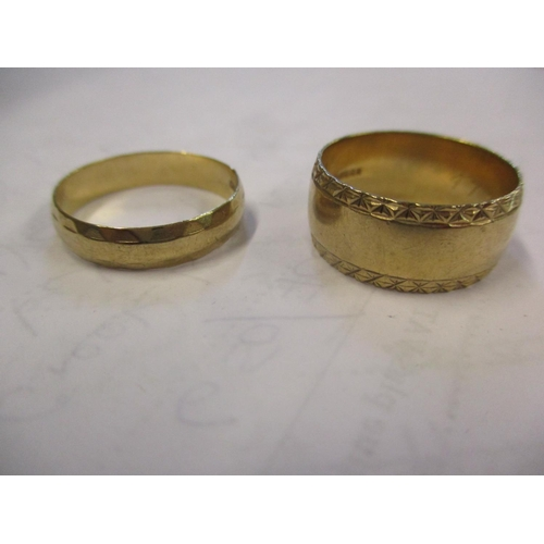 16 - Two 9ct gold wedding bands 7.8g Location: CAB...