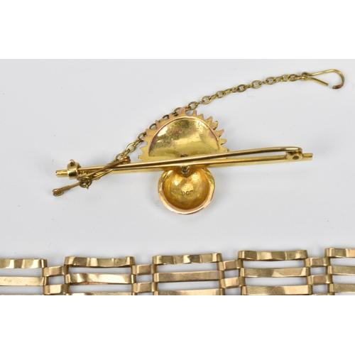 79 - A 9ct gold gatelink bracelet, 16 cm long, together with a 9ct gold brooch with floral vase, and safe...