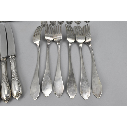 10 - A 20th century Italian silver cutlery set comprising six of each : dinner forks, dinner knives, tabl...