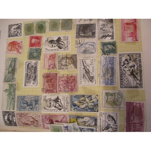 119 - A vintage Horizon stamp album containing Worldwide stamps to include China, Germany and Rhodesia tog...
