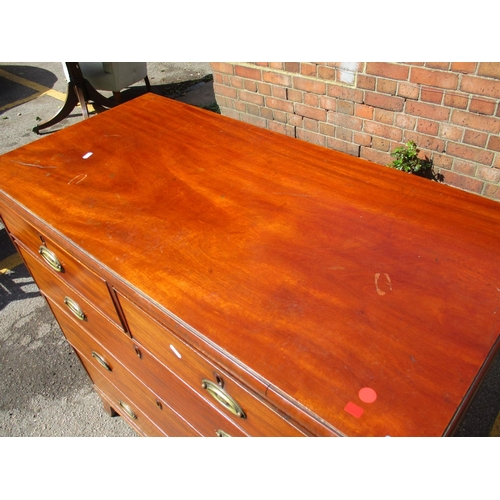 323 - An early 19th century mahogany chest, two short over three long drawers, raised on splayed feet 105c...