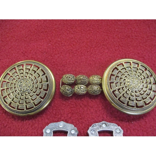 3 - A collection of early 20th century buckles and a Pinchbeck brooch with large agate stone Location: C...